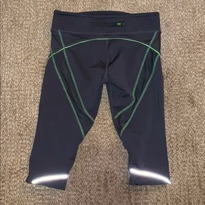🌸 Athleta crop leggings